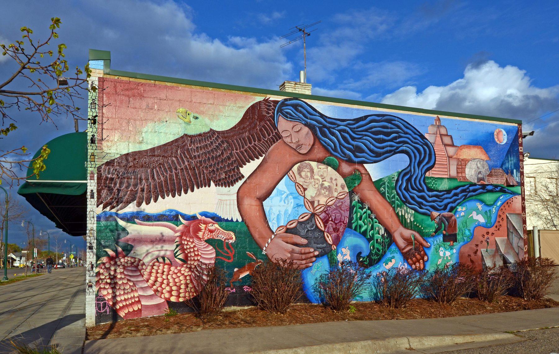 Lake Street Mural
