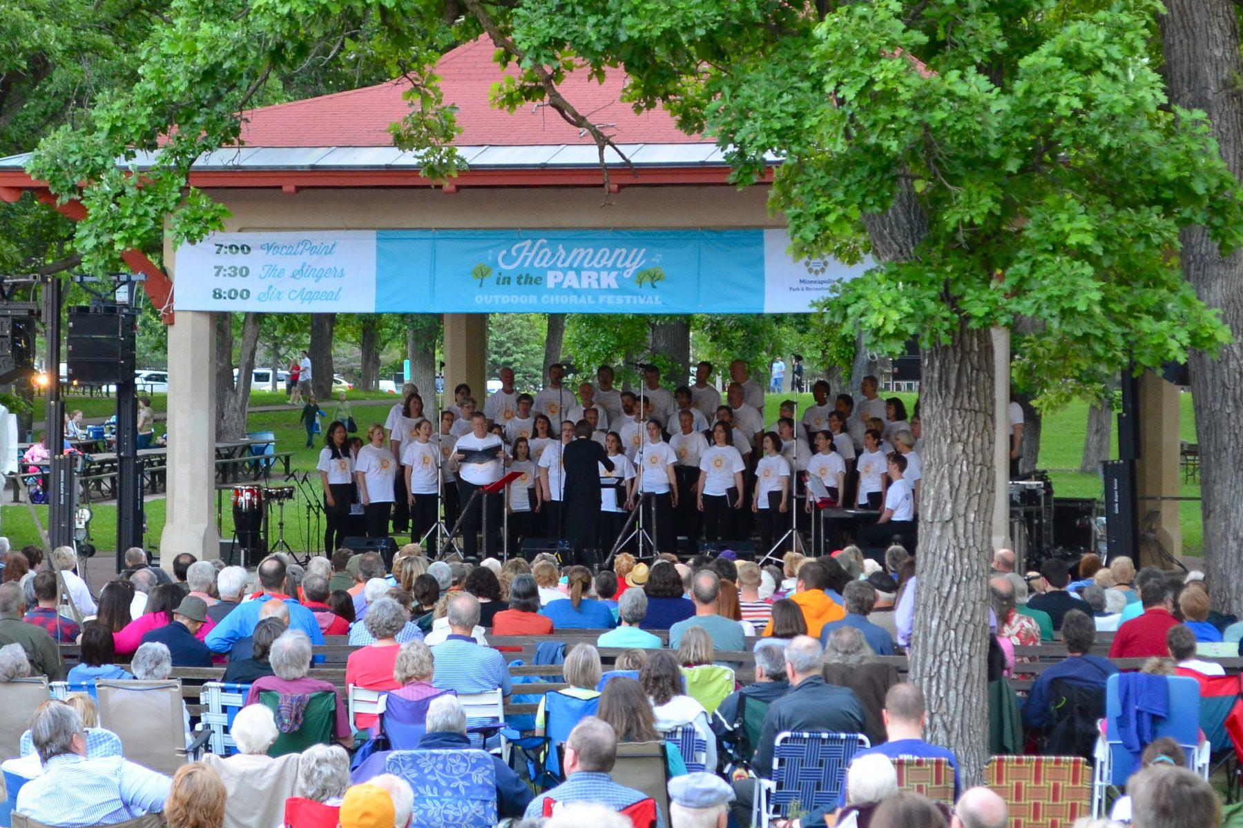 Minnesota Public Radio sponsored music in Minnehaha Park