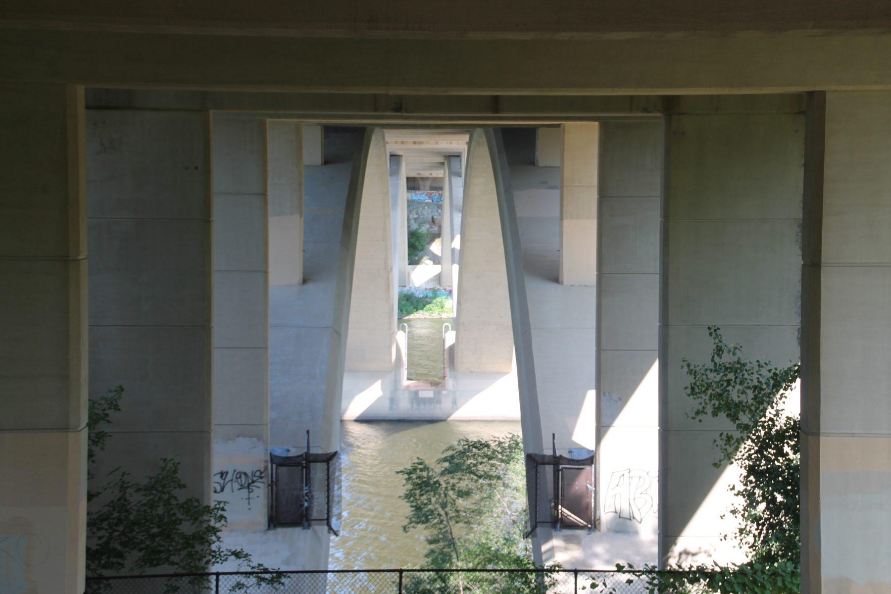 Support structures beneath Lake Street Bridge