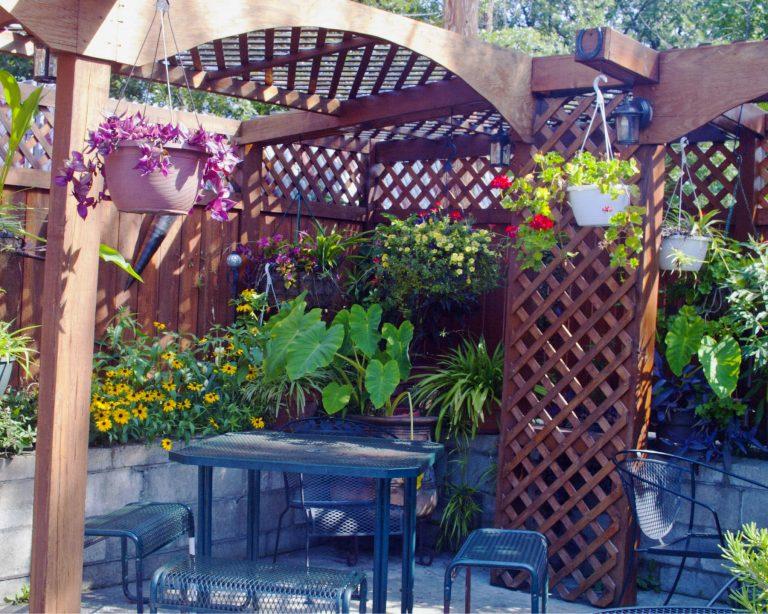 Outdoor restaurant patio with garden