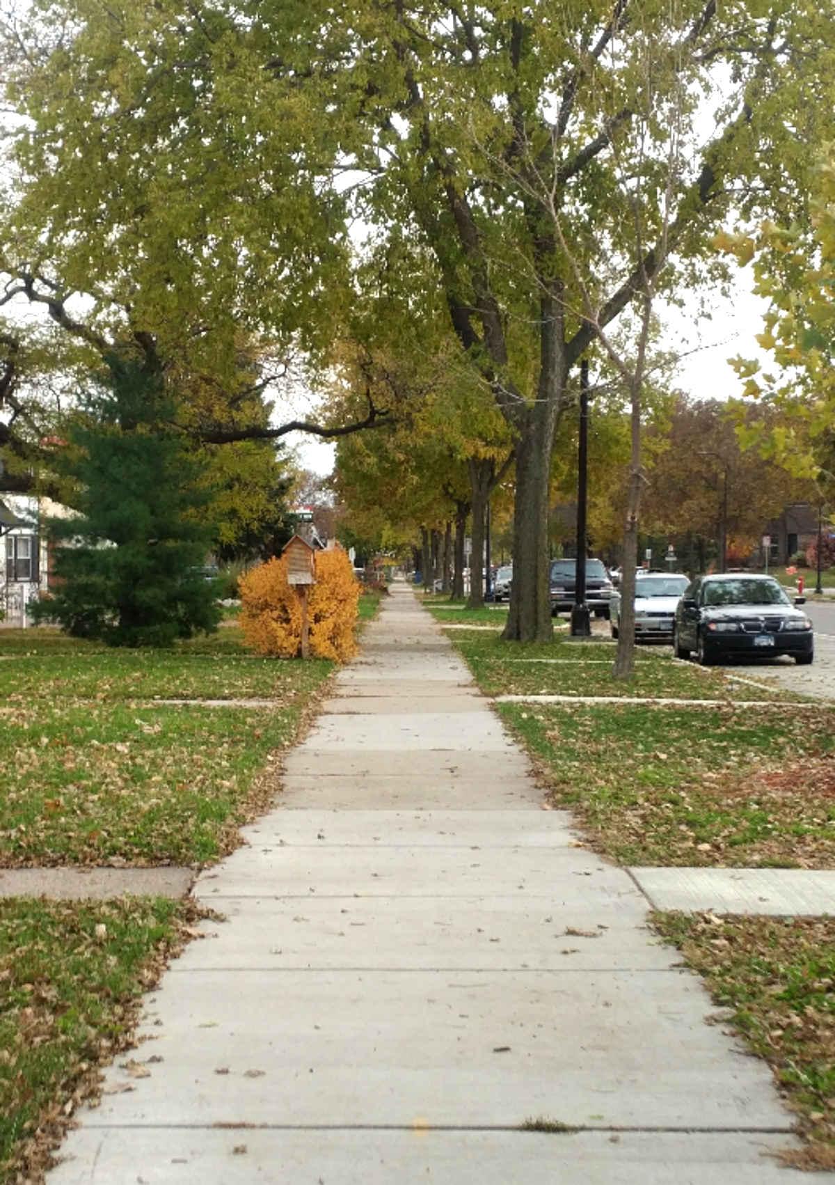 Receding sidewalk